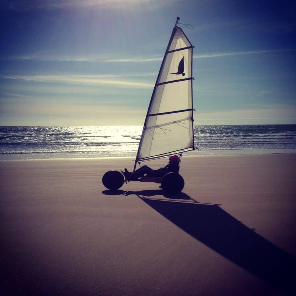 char-a-voile-la-tranche-sur-mer-hotel-les-dunes
