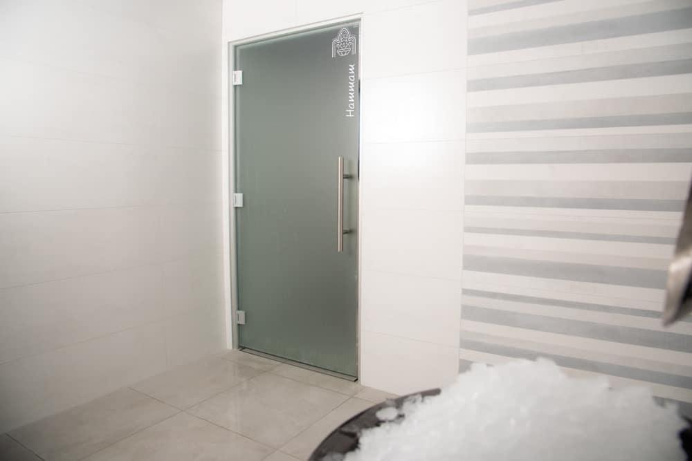Hotel-les-dunes-la-tranche-sur-mer-spa-fontaine-glace-cryotherapie-douce-hammam-douche