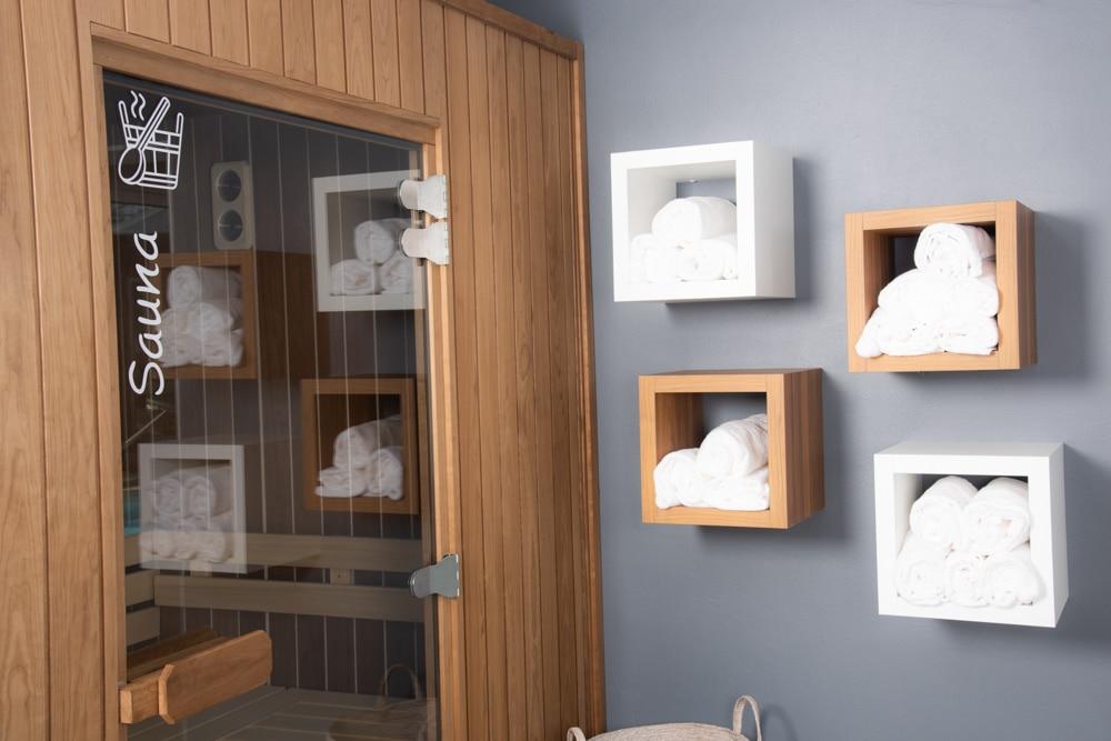 Hotel-les-dunes-la-tranche-sur-mer-spa-tisanerie-sauna-serviettes